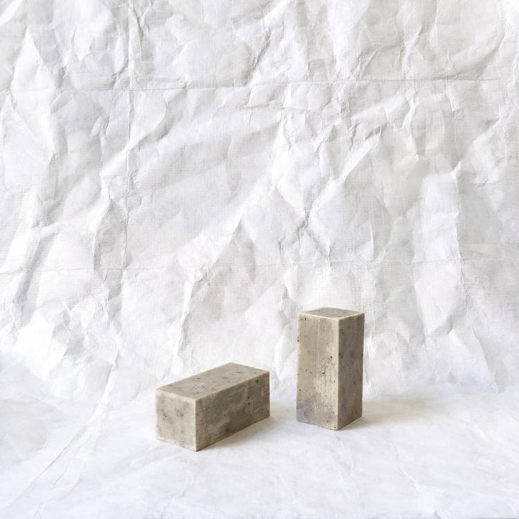 binu-binu-korean-soap-label-beauty-julia-carevic