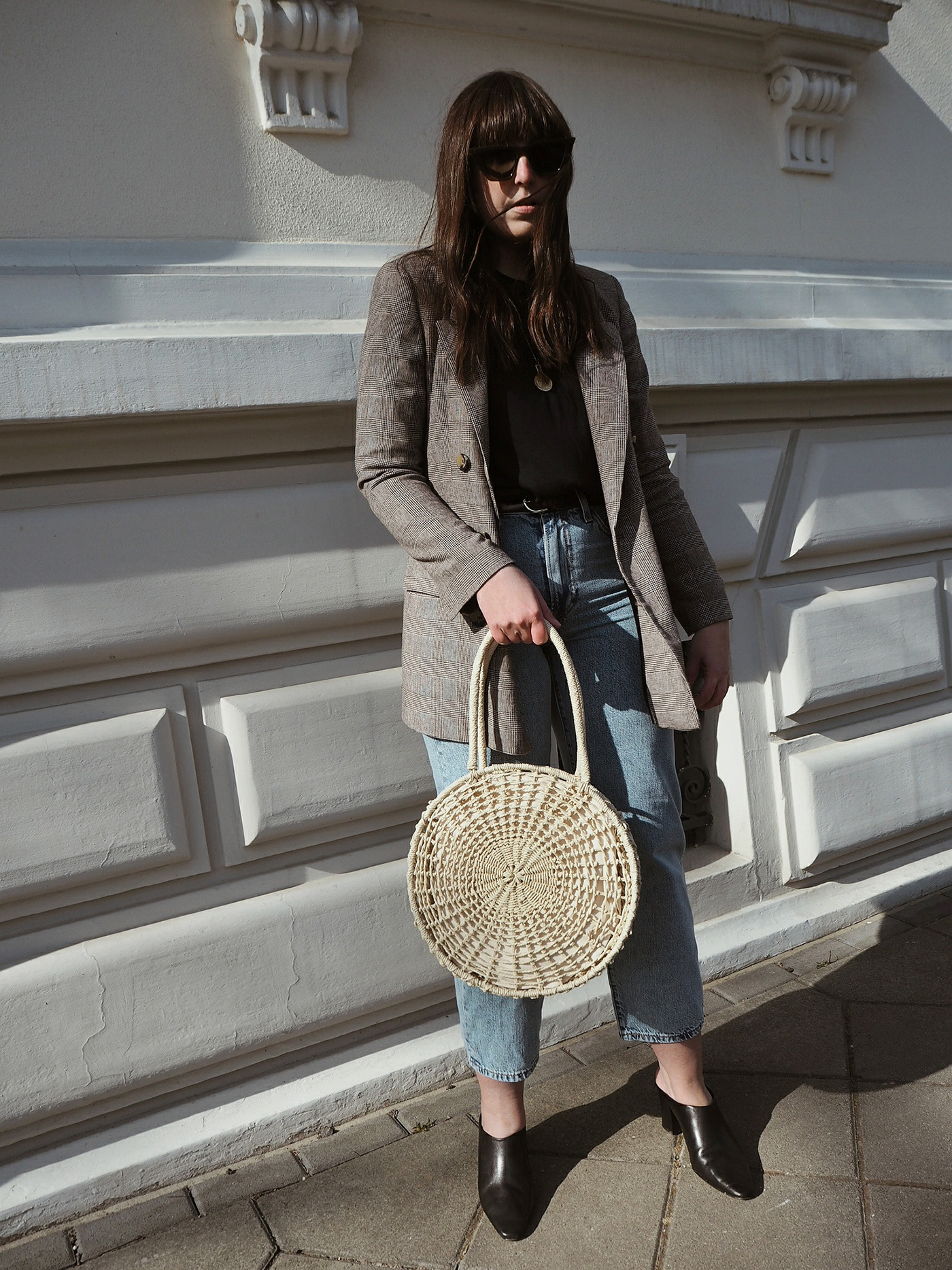go-to-outfit-oversized-blazer-loose-fit-levis-jeans-julia-carevic